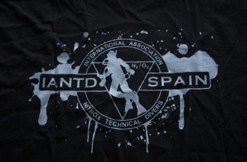 camiseta manchas back